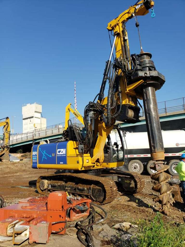 CZM EK65SM Drilling Rig
