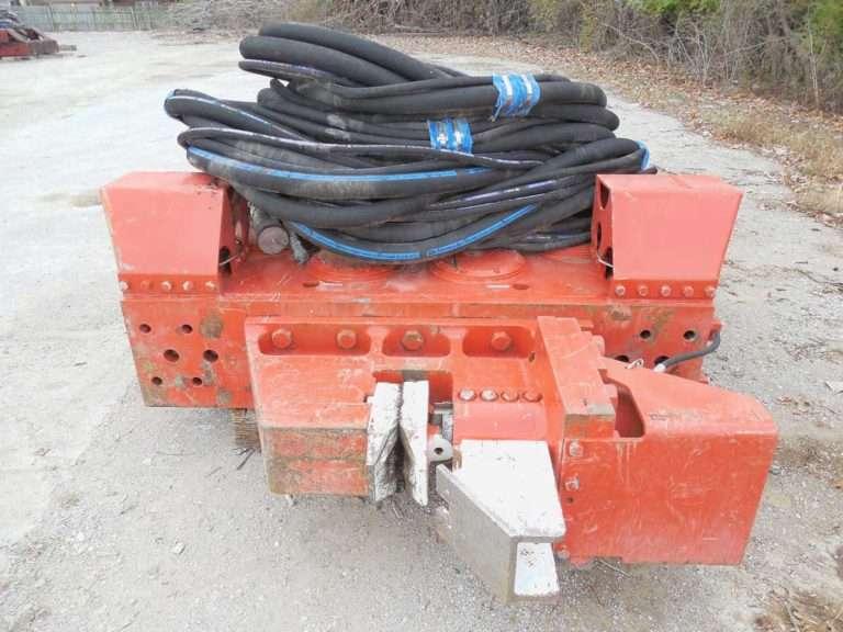 MKT V-52 Vibratory Hammer