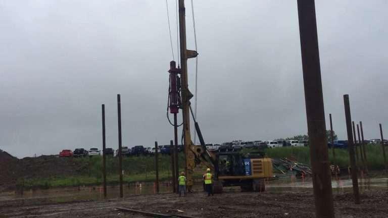 CZM EK125HH Driving Pipe Pile Video